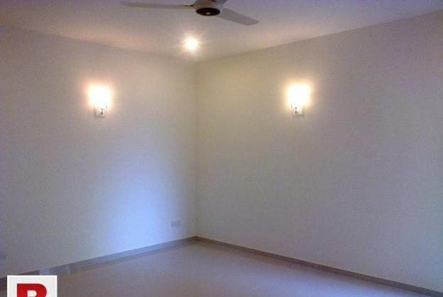 3 bedroom portion for rent in DHA VIII 0