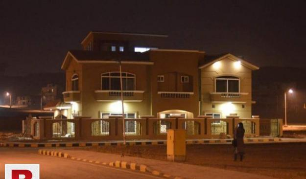 11 marla corner house for sale overseas block bahria town