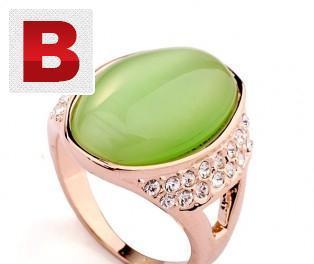 18k original gold plated ring with big green swarovski
