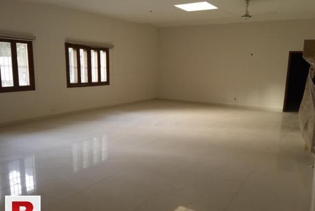 200 sq yards town house near hill park purly residential