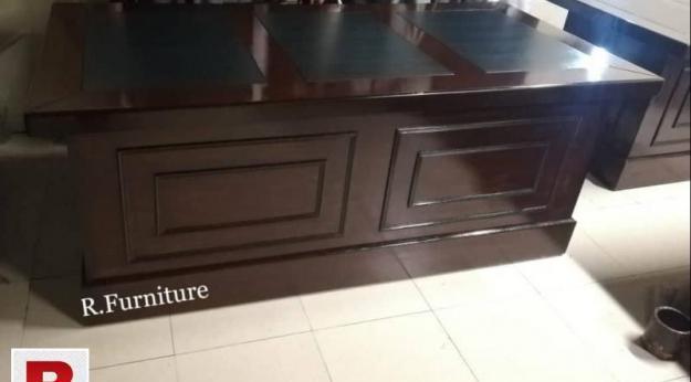 3/6 foot office table in rawalpindi
