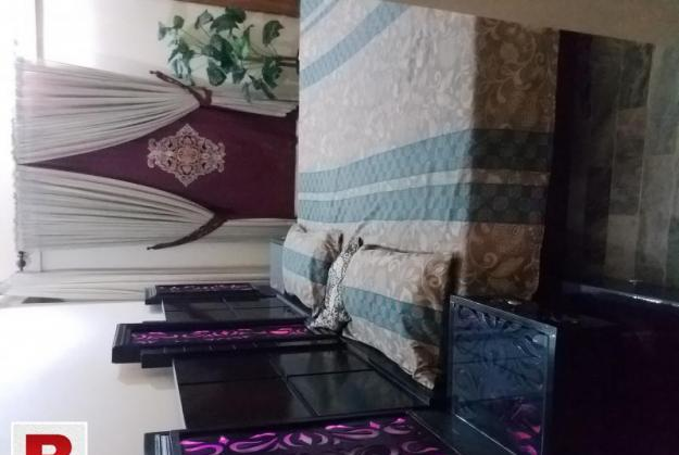 6 months used double bed with mattres