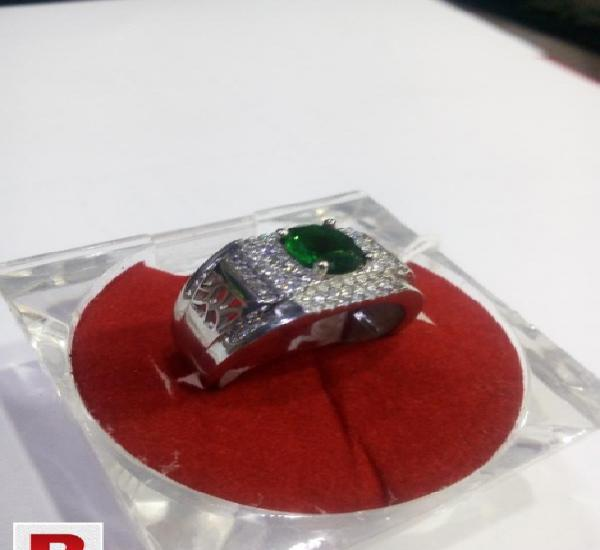 925 sterling silver ring with green & white zircon