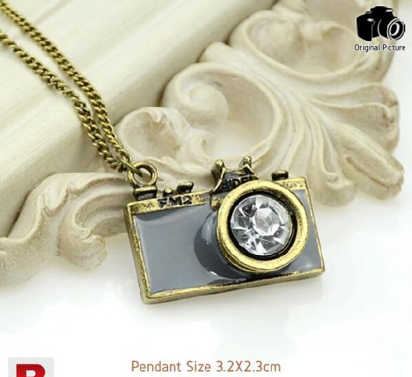 Antique gold long chain enamel camera pendant necklaces