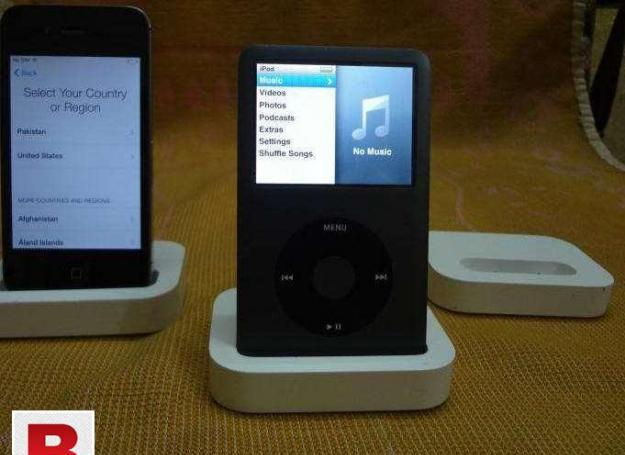 Apple ipod and iphone original charging dock