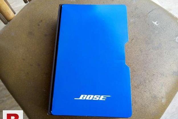 Bose sound-true bass in-ear headphone earphone iphone
