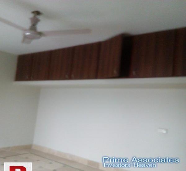 """Gulistan-e-johar block-14 1100 sq.ft renovated flat """"kiran"""