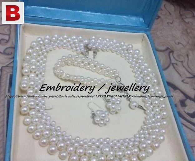 Jewellery hand made