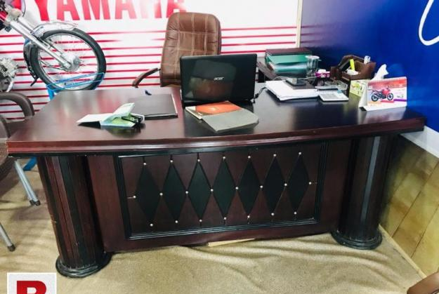 Office table 1 month used 3 x 6 available for sale