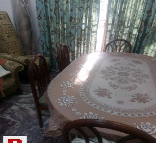 Sheesham wood dinning table and chairs