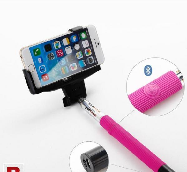 Selfie stick z07-s with builtin bluetooth button pink