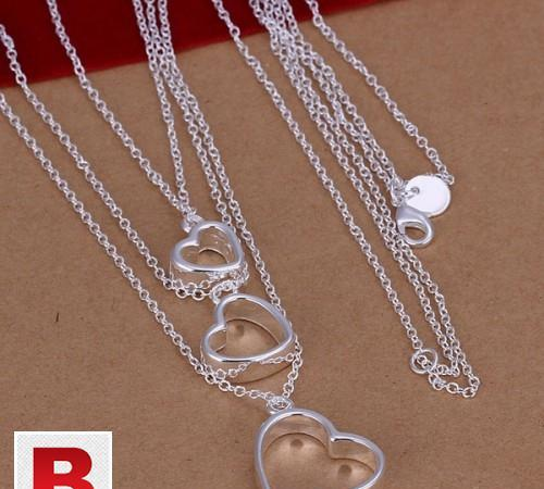 Silver plated 3 hearts necklace