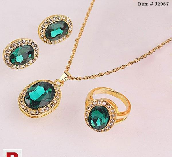 Trendy style chic round shape necklace ring earrings 18k