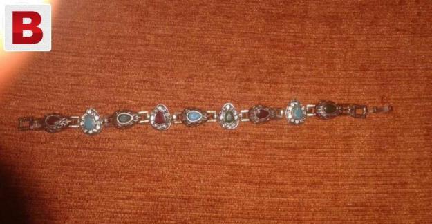 Women fashion bracelet (rajistani style)