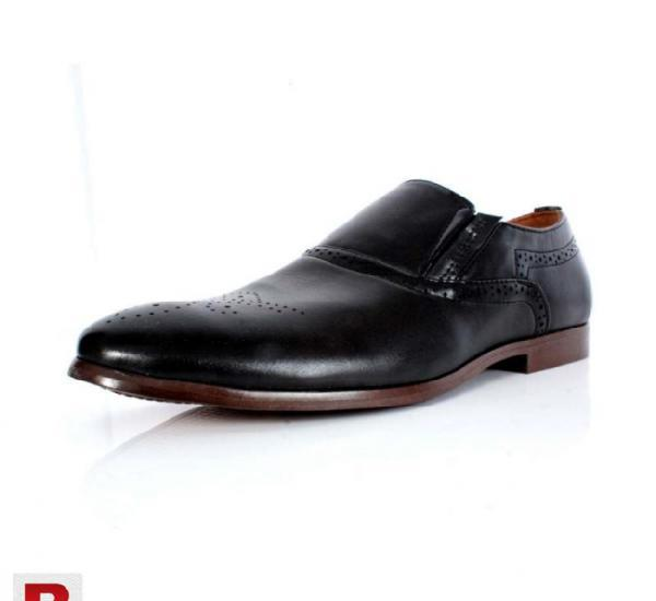 Black hand stiched design formal shoes