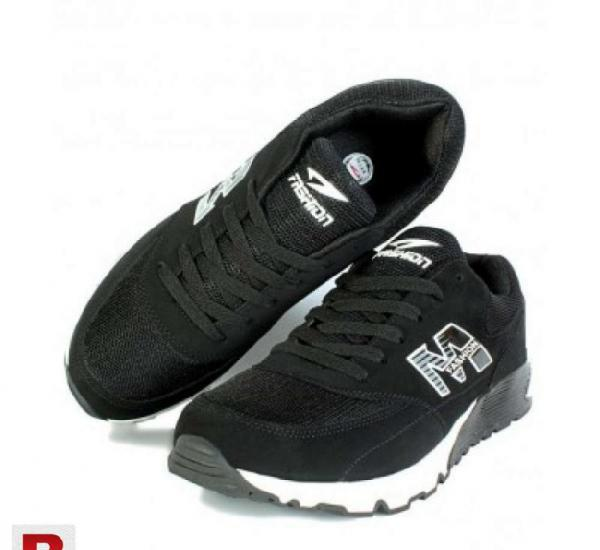 Black white stiched style air max sport shoes