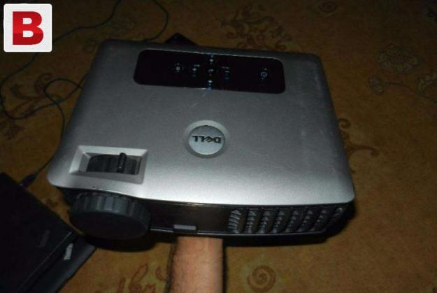 Dell 2400mp high lumens 100% remaining lamp best projector