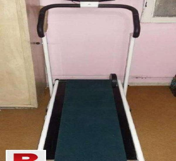 Exercise machine manual condition with one exercise twister