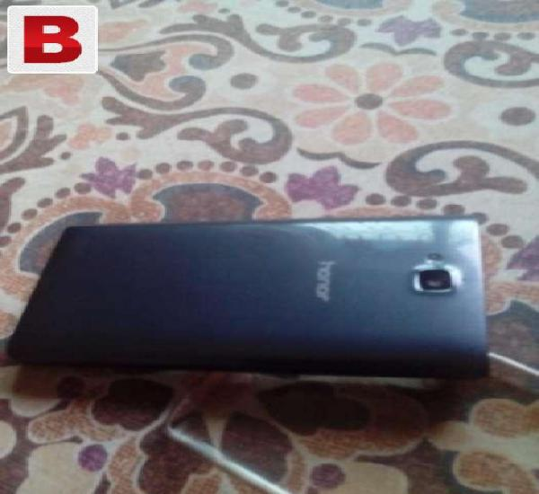Huawei honor 3c grey only 2 months used, 2gb ram,8mp cam,