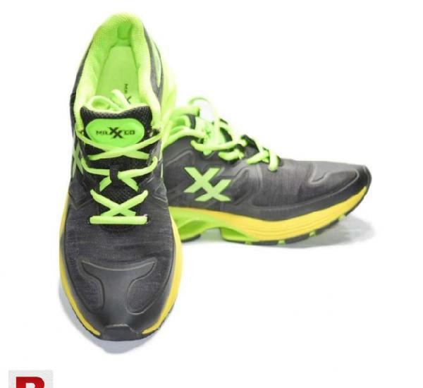 Juke maxxed springblade black green sport shoes