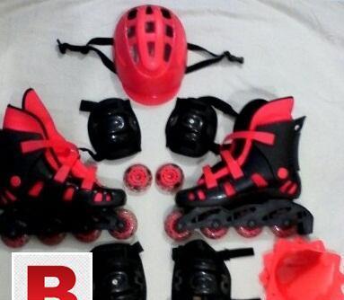 Roller skates set