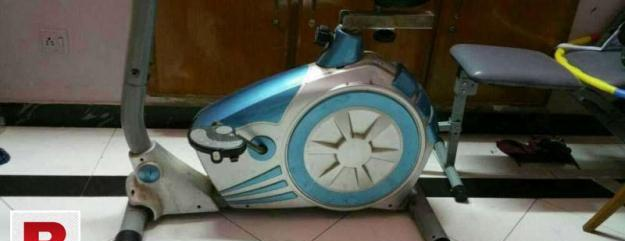 Sell use elliptical cycle in out class 10/10 condition..
