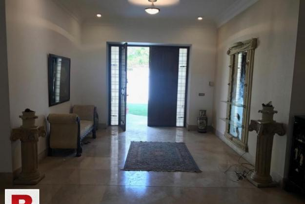 2000 yards royal luxurious bungalow for rent in dha phase