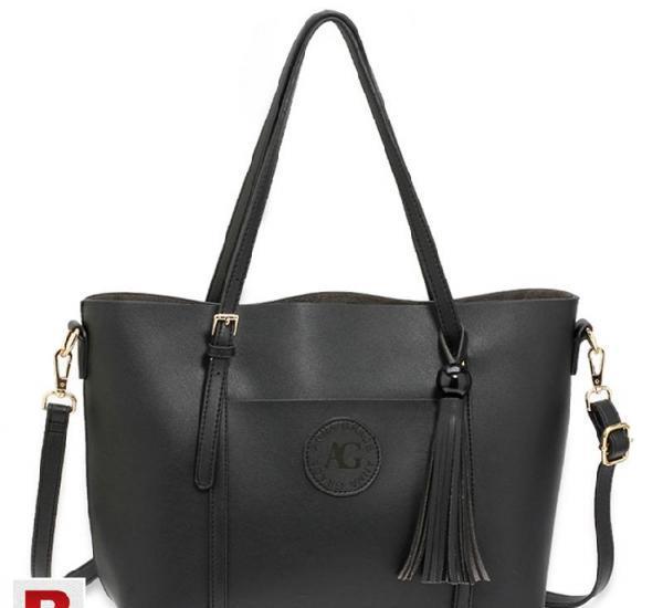 Black anna grace fashion tote bag with tassel in karachi