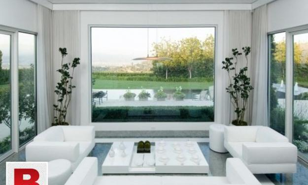 Brand new 6, bedrooms bungalow in 1000, yards d h a phase 8,