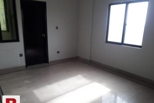 Ideal 2bed lounge 300yards with huge garden onrent in