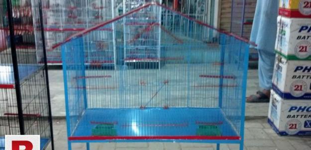 Medium and large sizes breeding cages