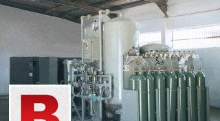 Oxygen plant with cylinder refilling