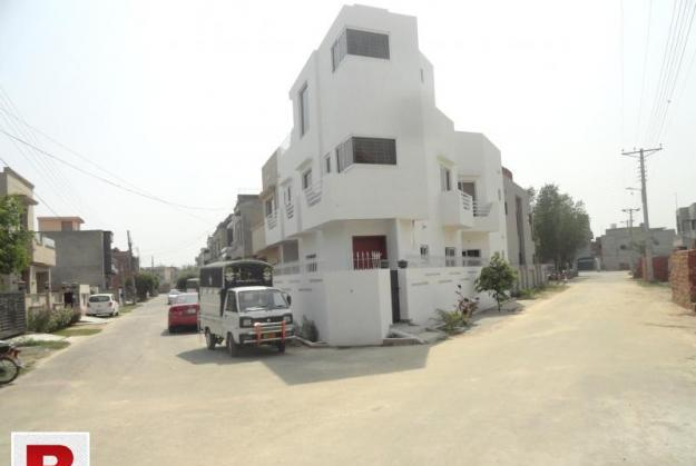 Beautiful two bed room portion furnished (bchs near dha)