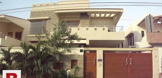 Dha defence ph 7 ext brand new fully furnish bungalow 1 room