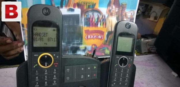 Motrola cordless phone set 2piece import uk