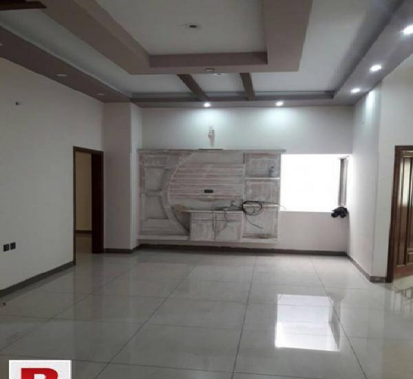 Gulshane iqbal block-13d1, 600 yds ground floor 2b/dd