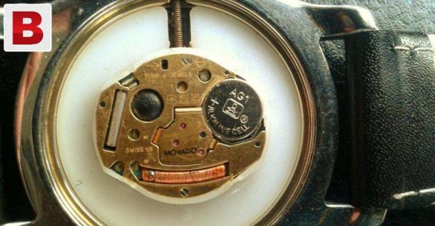 100% original swiss movado museum black dial 4 jewels+gold