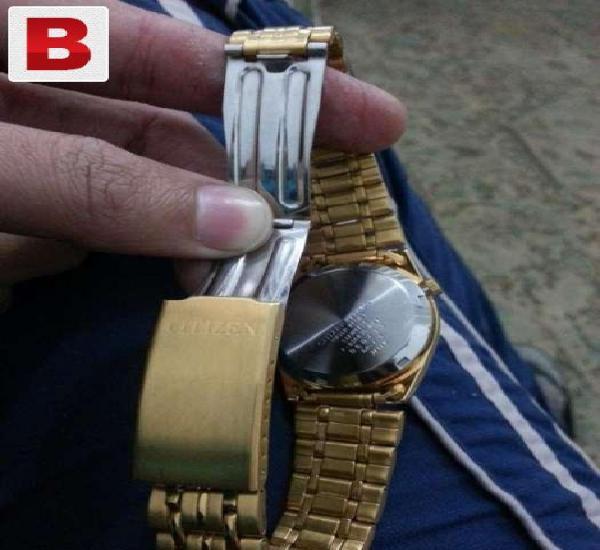 Citizen golden watch