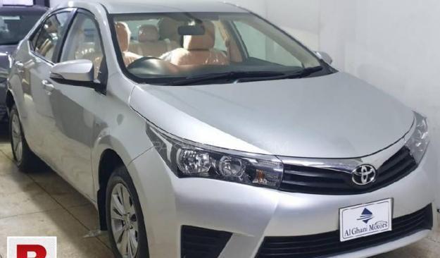 Toyota corolla gli 1.3 vvti lain sirf 20% advance qemat me