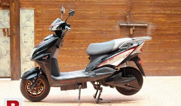 Electric+petrol scooter 150cc