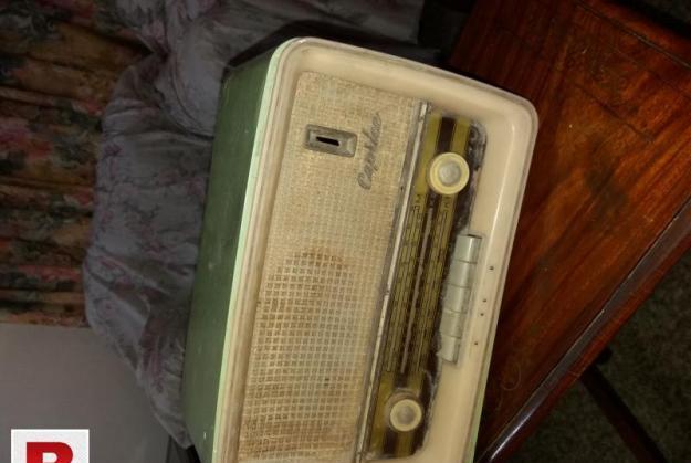 Antique fm radio (germany 1950's)