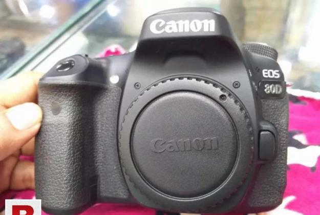 Eos canon 80d(with lens) with battery grip, monopod and uv