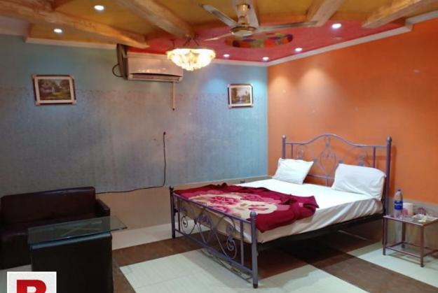 Booking for hotal room hajveri in hotal