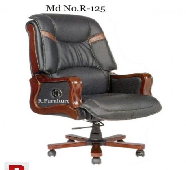 R-125 imported executive chair in rawalpindi
