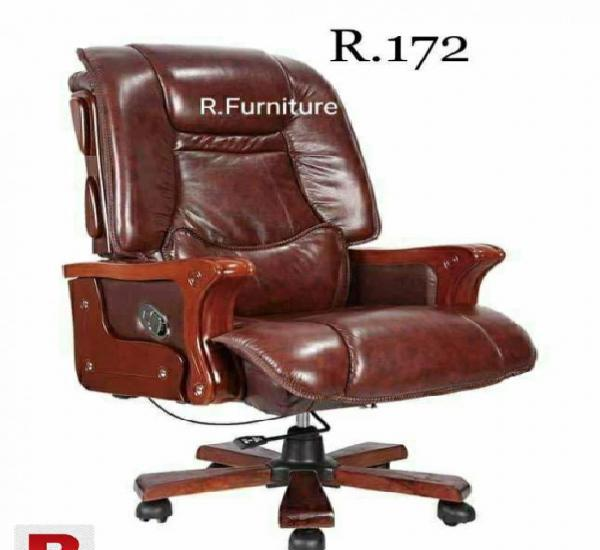 R-172 imported executive chair in rawalpindi murree road