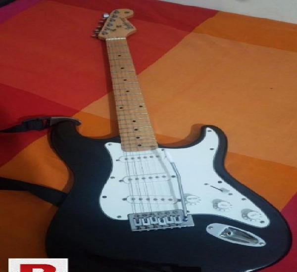 Fender stratocaster 2008 mim