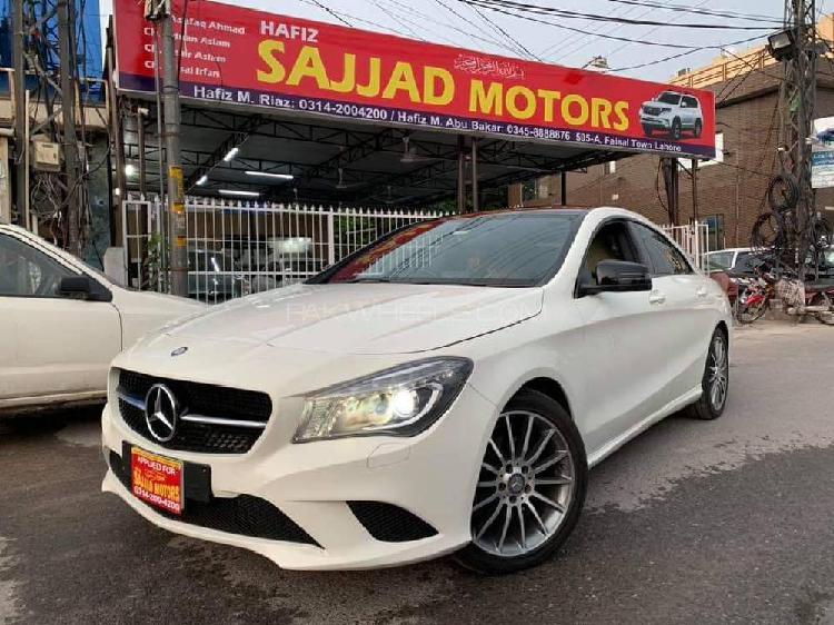 Mercedes benz cla class cla200 2014