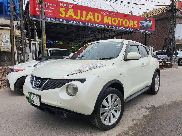 Nissan juke 15rx urban selection 2010