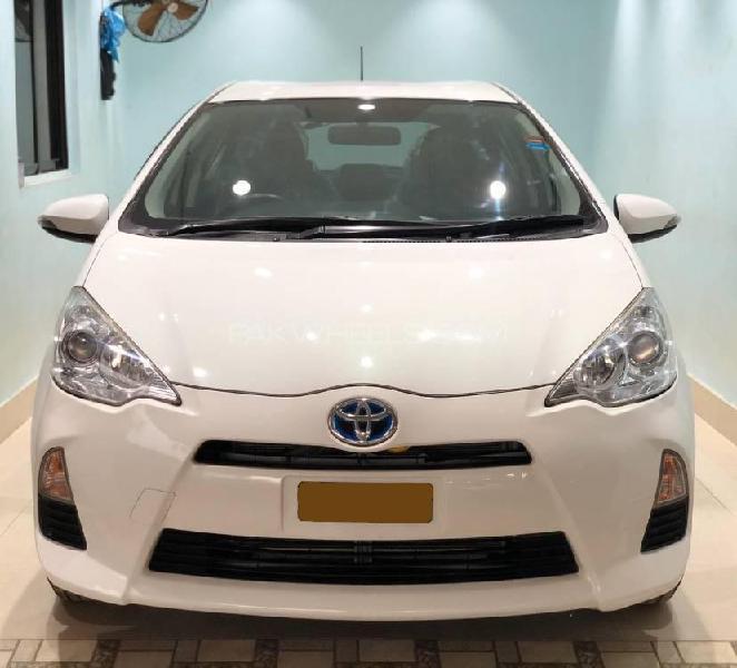 Toyota aqua s 2014