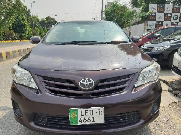Toyota corolla gli 1.3 vvti 2012